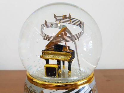 globo de neve snowglobe guitarra caixa de música music box piano