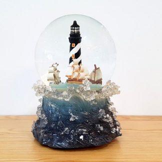 snowglobe globo de neve lanterna de natal cânticos de natal boneco de neve pai natal presépio sagrada família rena rodolfo