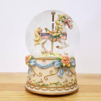 caixa de música carrossel snowglobe globo de neve magia