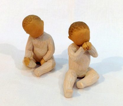susan lordi figura estátua família anjo peça decoraçao casa significado amizade amor felicidade willow tree desejo aniversário presente gémeos bebés