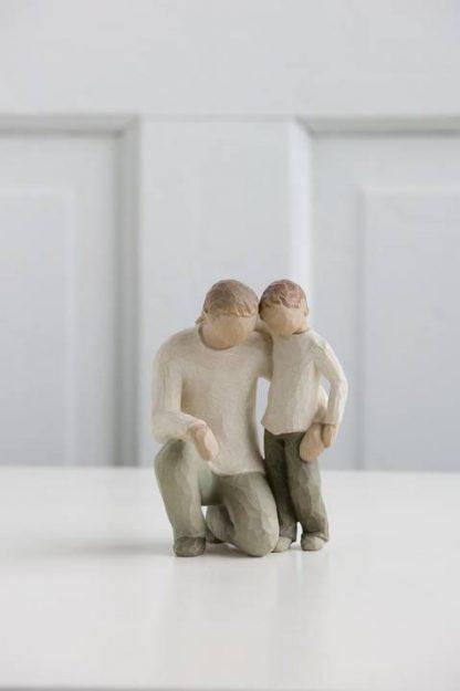 susan lordi figura estátua família anjo peça decoraçao casa significado amizade amor felicidade willow tree desejo aniversário presente pai filho